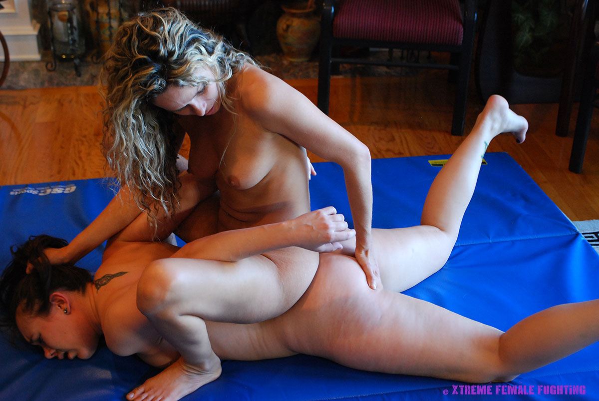 sinn sage catfaight ... Xtreme Female Fighting ...